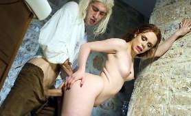 Porno Najnowsze - Ella Hughes, Całowanie