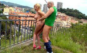 Darmowe Erotyczne Filmy - Donna Bell, W Miejscu Publicznym