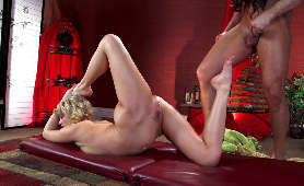 Ostry Sex Filmiki - Mia Malkova, Na Stole