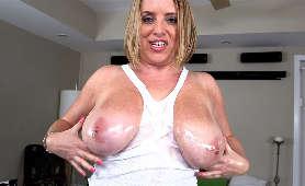 Darmowe Strony Erotyczne - Maggie Green, Cycate